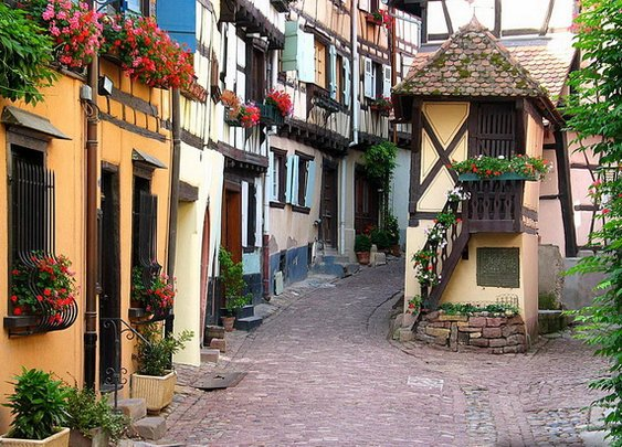 15 Charming Side Streets