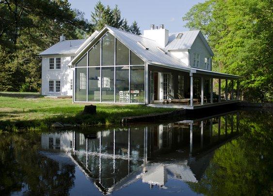 The Floating Farmhouse