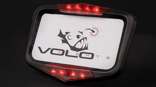Motorcycle brake lighting system doesn't care how you're slowing down