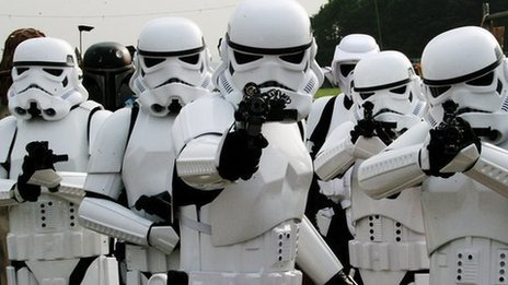 BBC - Star Wars and Doctor Who fans clash at Norwich convention