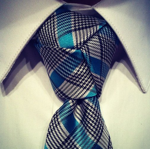 Ask a Black Lapel Stylist: How Do You Tie a Trinity Knot? | The Compass