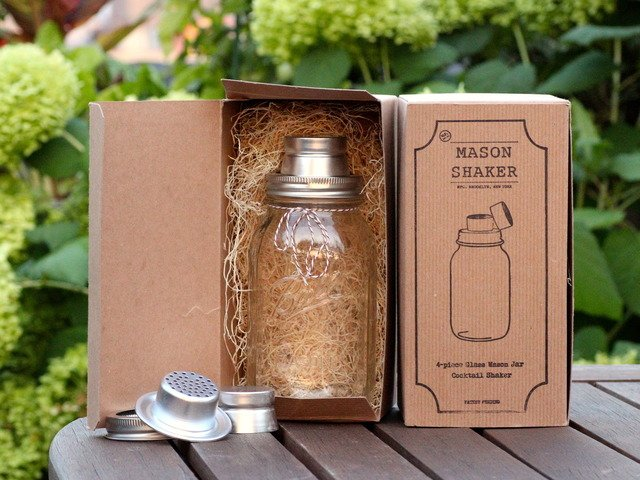 The Mason Jar Cocktail Shaker
