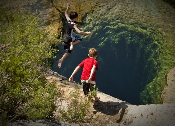 Jacob's Well, Wimberley, Texas | Travel Blog Direction & Places to Visit