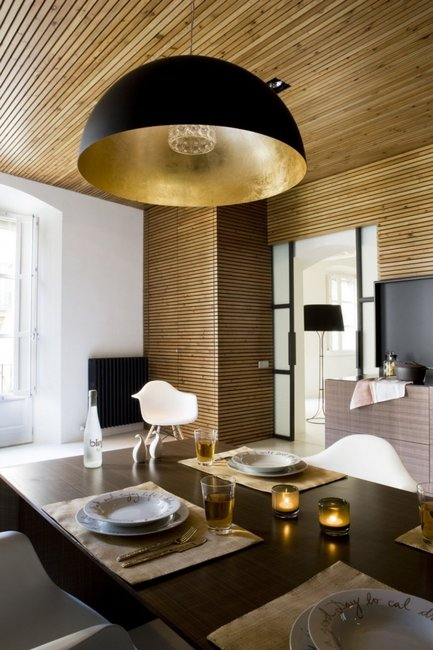 Golden Touches Cozy Apartment Interior Design