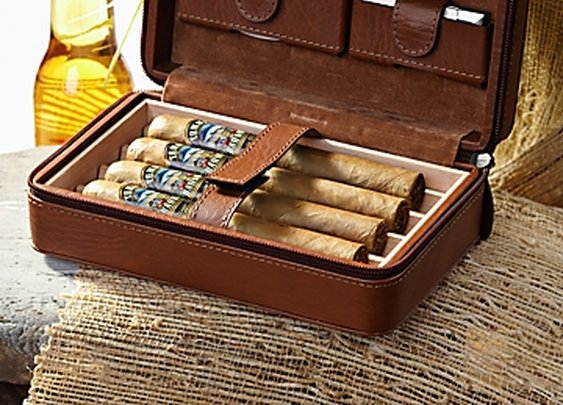 Overnight Leather Cigar Case