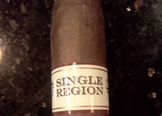 Toraño Family Cigars Single Region Serie Jalapa; Cigar review - Tampa Bay Cigar | Examiner.com