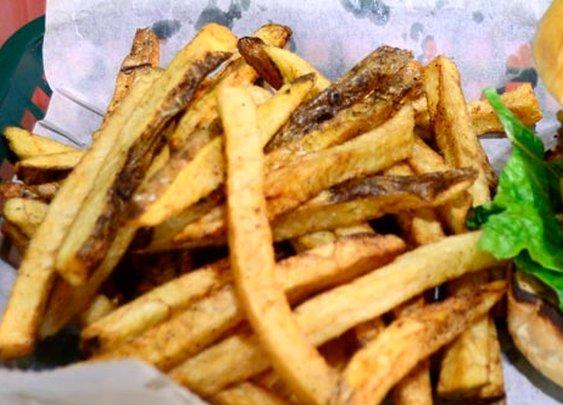 Huddle Restaurant - Burgers, Falafel