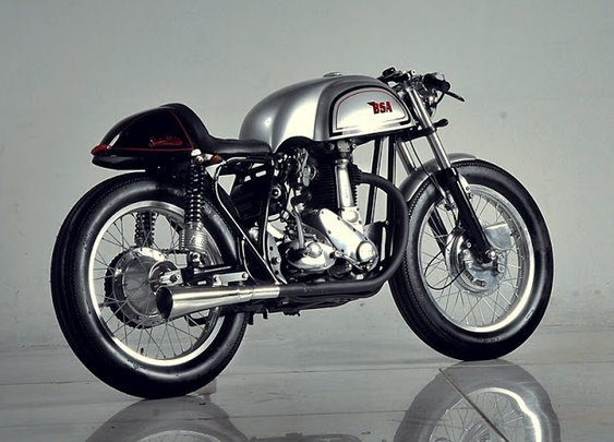 BSA M33 Manx style Cafe ~ Return of the Cafe Racers