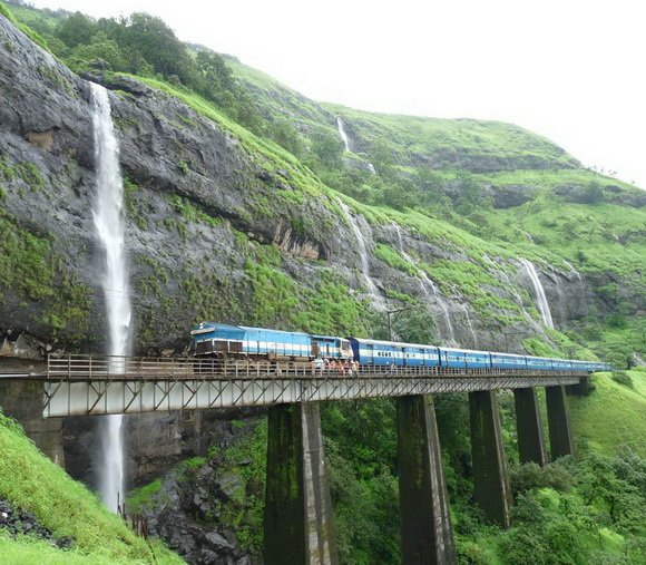 10 Fascinating Train Routes Across The World