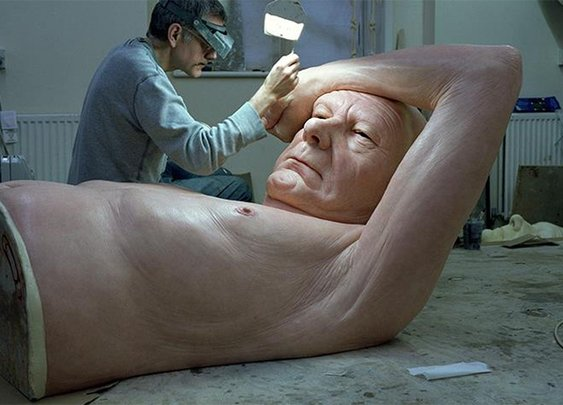18 Sculptures So Lifelike You'll Swear They're Real