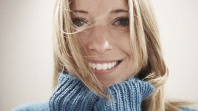Top 10: Ways To Make A Woman Smile - Dating For Today's Man