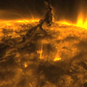 Solar tornados captured - Whoa!