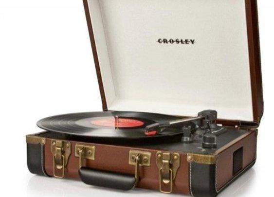 Crosley CR6019A-BR Executive USB Portable Turntable (Brown/Black)