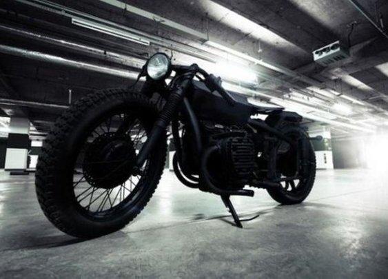 Bandit9 Nero Motorcycle | Baxtton