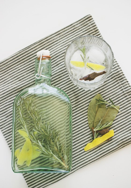 ManMade Guide: Step Up Your Homemade Cocktails with Your Own DIY Infused Spirits