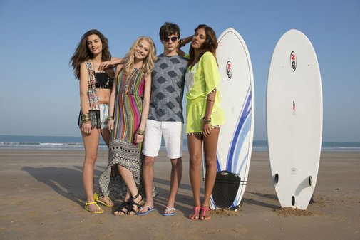 stay stylish! check out new summer collections and get cash back at Boohoo.com!