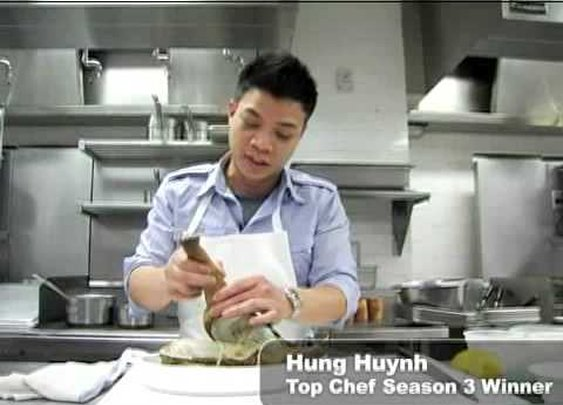 Top Chef Shows How to Cook a Geoduck - YouTube