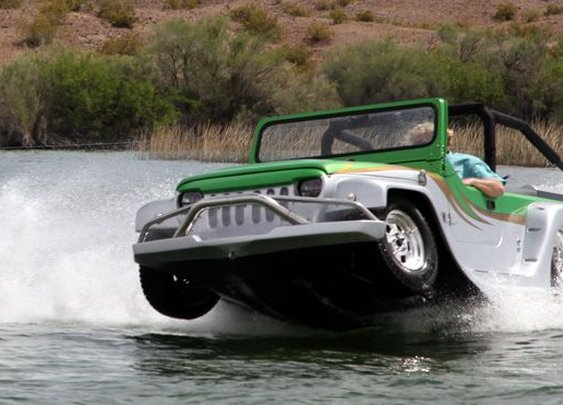 Amphibious off-roader launches in California