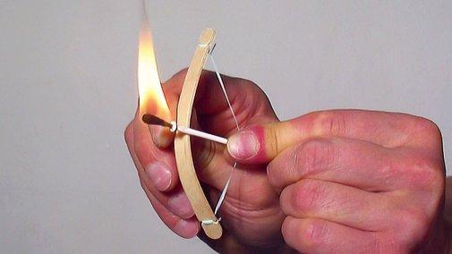 How to Make a Mini Bow and Arrow - YouTube