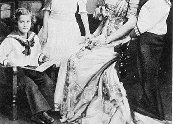 DarwinCatholic: 99 Years Ago Today: The Assassination of Archduke Ferdinand and His Wife