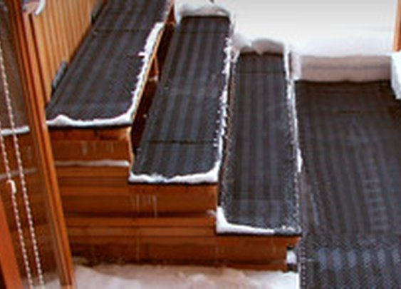 Portable Snow Melting for Stairways