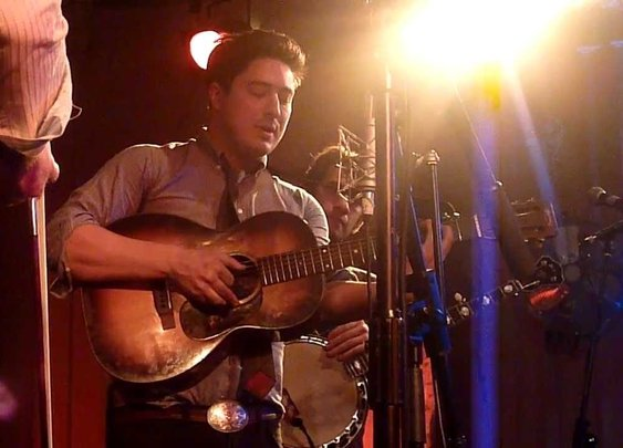 The Punch Brothers & Marcus Mumford - January 2012 DINKS SONG - YouTube