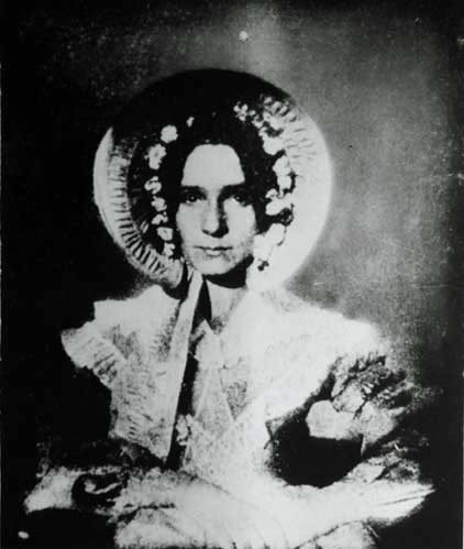 The First Successful Photograph of a Woman