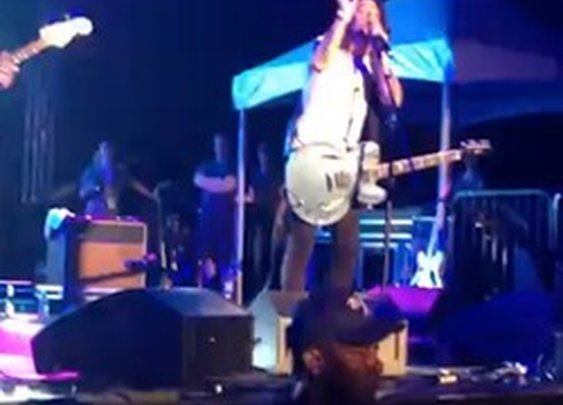 Video: Watch Dave Grohl Perform 'Under Pressure' In Surprise Chevy Metal Set: LAist