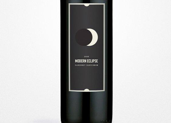 Modern Eclipse Designed by Rhinocerosred Design