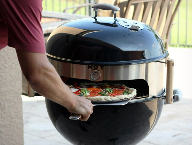 KettlePizza BBQ Insert Cook Pizza on Grill