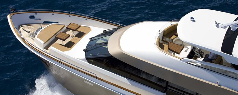 Breeze 76 | Lazzara Yachts