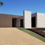 OM House Design by Studio Guilherme Torres