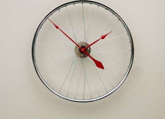 25 Upcycled Bicycle Parts - From Tough Tire Accessories to Recycled Bicycle Lighting (TOPLIST)