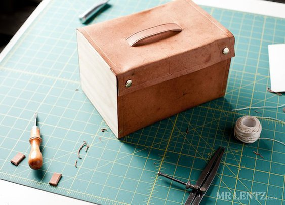 How to: Make a Handsome Wood and Leather Lunch Box