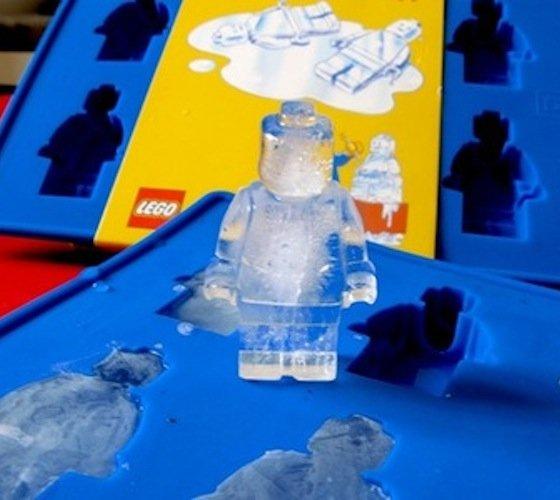 Lego Man Ice Cube - $7   The Gadget Flow