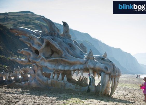 blinkbox - The Making of the Dragon Skull - YouTube