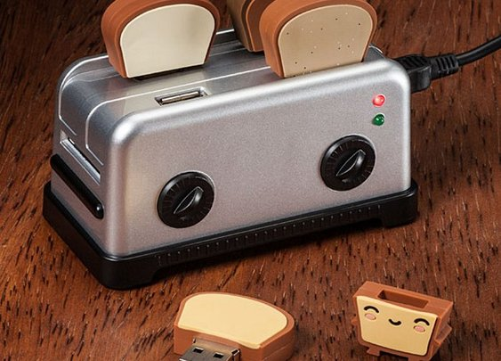 USB Toaster Hub with Toast Flash Drives