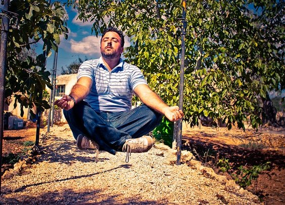 5 Meditation Tips for People Who Don't (Yet) Like to Meditate