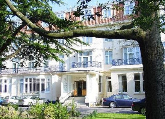 Best Western Hotel Royale - Bournemouth Budget Hotel - Octopus Travel Help