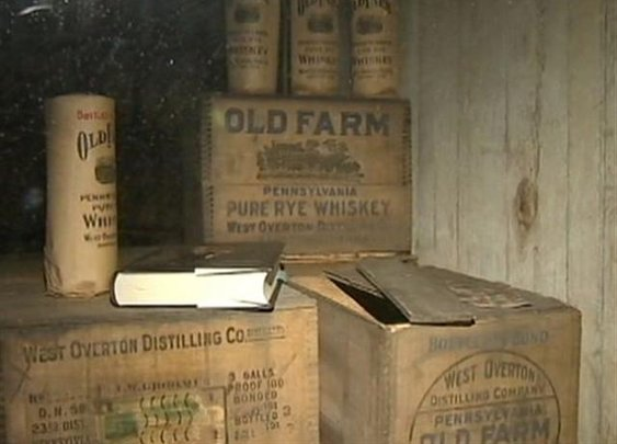 Man charged with drinking $102,000 worth of pre-Prohibition whiskey held for court | Westmoreland Co. News  - WTAE Home