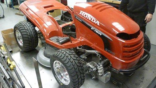 Honda Creates a 130-MPH Lawn Mower For BBC's Top Gear Magazine