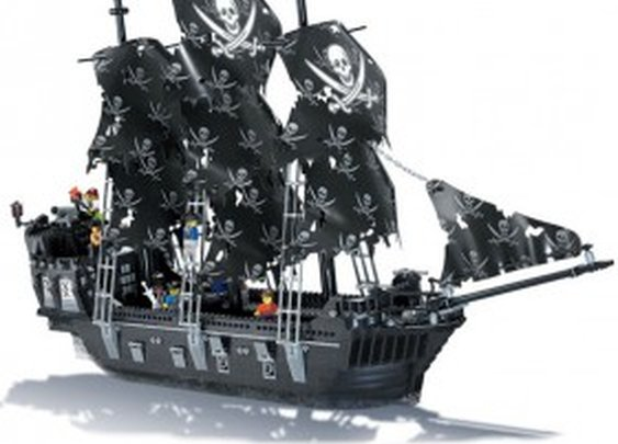Black Pearl LEGO Compatible Pirate Ship