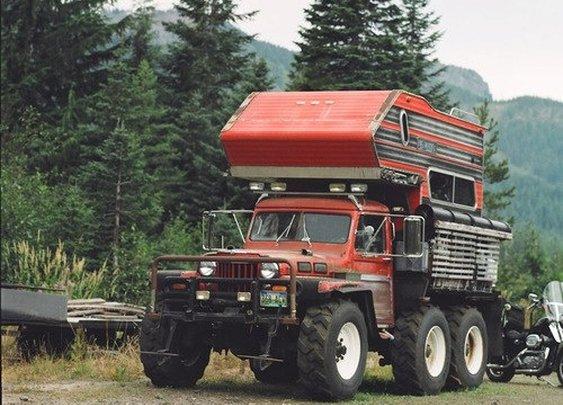 Hi-ho, hi-ho - it's off to camp we go!