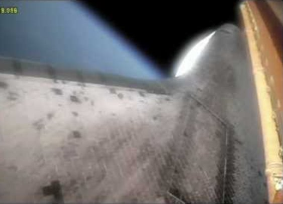 Absolutely mindblowing video shot from the Space Shuttle during launch