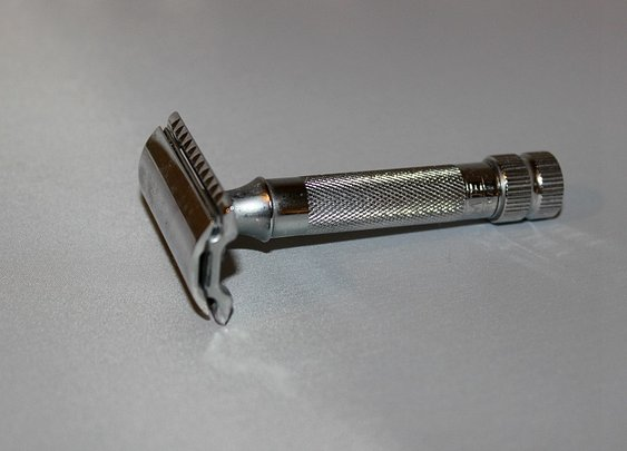 What Is The Best DE Razor? | Sharpologist