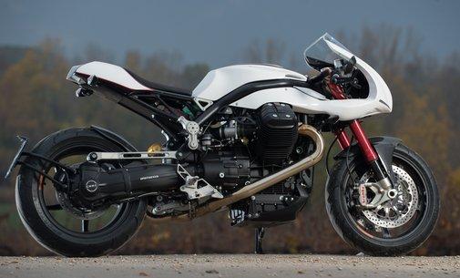 Ipothesys: Aria V12   Essential Moto  