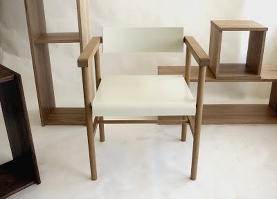 New De Troupe's TRETO chairs