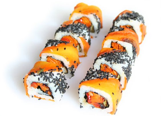 Homemade Uramaki Sushi | from SushiRolls.co.uk