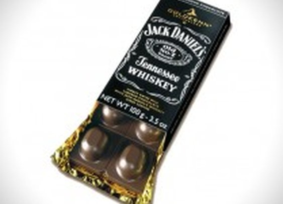 Jack Daniel's Whiskey Chocolate Bar | HiConsumption