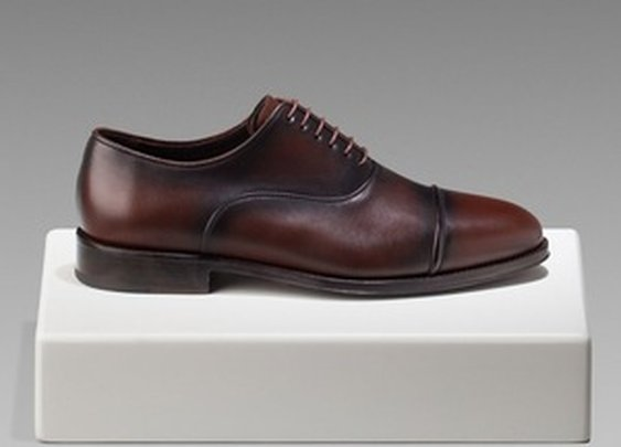 Oxford Shoe With Laces